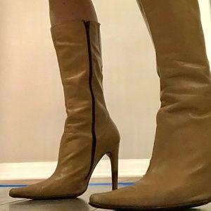 Original Charles David LEATHER TAN WOMENS boots!